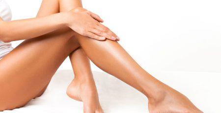 Top 5 kem trị sẹo thâm lâu năm ở chân hiệu quả nhất